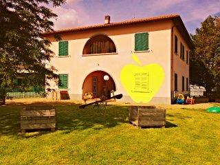 House in Val di Chiana Tuscany - Monte San Savino vacation rentals