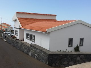 3 bedroom Villa with Internet Access in Arco da Calheta - Arco da Calheta vacation rentals