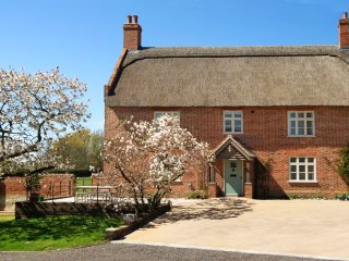 Limes Farmhouse - Family Friendly Cottage for 4 - Ludham vacation rentals