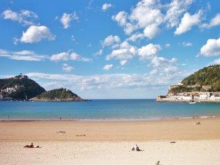 Apartamento a orilla de playa!! - Vilagarcia de Arousa vacation rentals