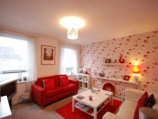 Cosy 2 bedroom flat near town centre - Ayr vacation rentals