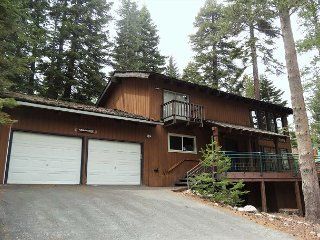 Beautiful Pet-Friendly Home in Westshore with a Hot Tub 3bd/2.5ba - Homewood vacation rentals