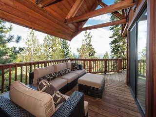 Stunning Lake Views in Dollar Point with HOA Amenities Included 4bd/3.5ba - Tahoe City vacation rentals