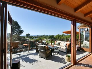 Incredible Custom Home with Amazing Views, Pool and Outdoor Kitchen! Close to Beach! - Encinitas vacation rentals