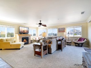 Large Beautiful New Townhome Near Downtown 1174 - Morro Bay vacation rentals