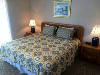 Perfect Condo with Internet Access and Television - Osage Beach vacation rentals