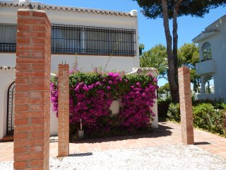 Miraflores II, 3 Bedroom Townhouse in the heart of leafy Miraflores popular urb - La Cala de Mijas vacation rentals