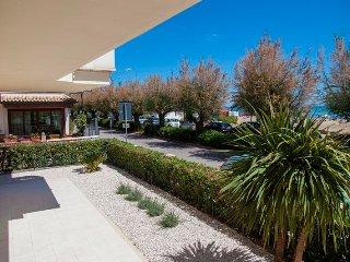 Appartamento lungomare PORTO SAN GIORGIO - Viale Gramsci n.393 - Porto San Giorgio vacation rentals