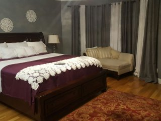 Affordable Luxury - Brooklyn vacation rentals