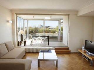 Marvellous penthouse w/terrace - Vorst vacation rentals