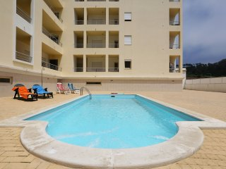 Apt.T2 com piscina junto à Praia da Nazaré - Nazare vacation rentals
