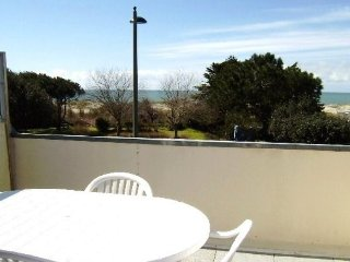 Romantic 1 bedroom Apartment in Saint Gildas de Rhuys with Television - Saint Gildas de Rhuys vacation rentals