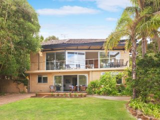 92 Bay View Crescent Dunsborough - Naturaliste vacation rentals
