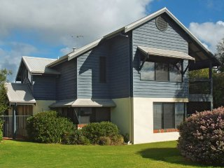 Adorable 4 bedroom House in Dunsborough - Dunsborough vacation rentals