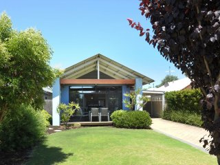 Lovely 3 bedroom House in Dunsborough - Dunsborough vacation rentals