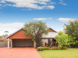 14 Ollis Street Dunsborough - Dunsborough vacation rentals