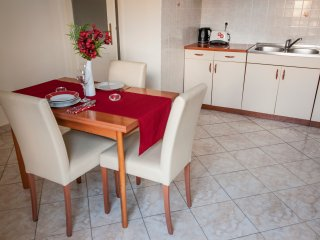 Beautiful Apartment Near the Zadar City Center - Zadar vacation rentals