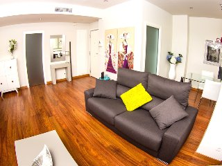 Ribera Apartment: quiet, close to Town Hall, WiFi - Valencia vacation rentals