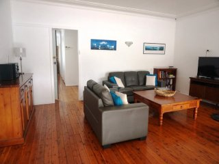Comfortable 4 bedroom House in Woy Woy - Woy Woy vacation rentals