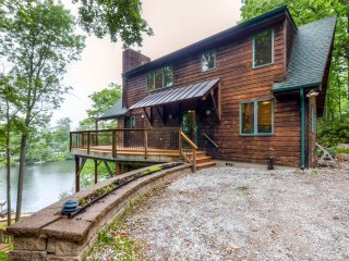Lakeside 3BR Highland Lakes Home W/Private Dock & Kayaks - Easy Access to Mountain Creek & Hidden Valley Skiing! - Highland Lakes vacation rentals