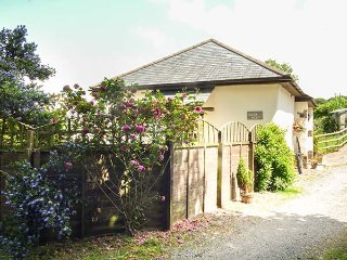 JACK'S NEST, all ground floor, enclosed garden, pet-friendly, South Molton, Ref 934512 - South Molton vacation rentals