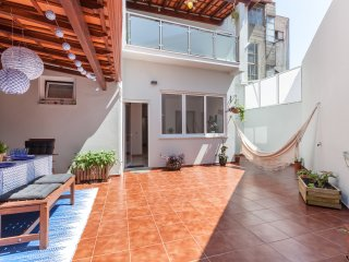 Luxurious Downtown House with Terrace - Porto vacation rentals