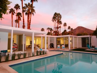 Desert Glam--sleep where the Roosevelts slept! - Indian Wells vacation rentals