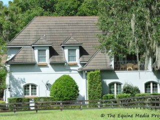 Beautiful House with Internet Access and A/C - Ocala vacation rentals