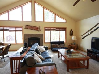 Perfect House with Deck and Internet Access - Tabernash vacation rentals