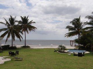 """Beach Front Property """"Quinta Sol"""" - Farallon vacation rentals"""