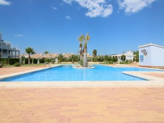 Bright Condo with Shared Outdoor Pool and Television in El Verger - El Verger vacation rentals