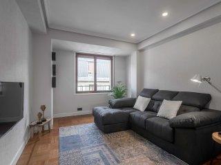 2 bedroom Apartment with Internet Access in Zubiri - Zubiri vacation rentals