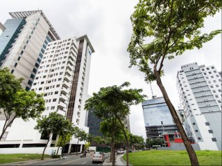 1001 W Tower 1BR Loft Condo, Premiere Location BGC - Taguig City vacation rentals