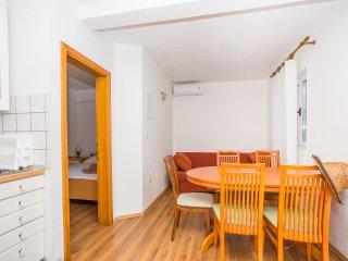 TH03565 Apartments Ereš / One bedroom A2 - Putnikovic vacation rentals