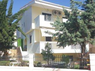 Sunny 3 bedroom Nea Peramos House with Internet Access - Nea Peramos vacation rentals