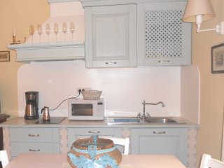Dalila, bright apartment in the centre of Lucca - Lucca vacation rentals