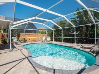 Vanderbilt Retreat Heated Pool. Walk to the Beach. - Naples vacation rentals