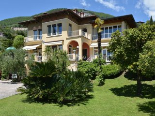 Villa Fasanella, with private pool, lake view, AC - Gardone Riviera vacation rentals