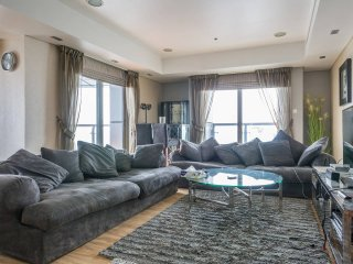 84th Flr|Breathtaking views|Spacious 2BR|Princess - Dubai vacation rentals