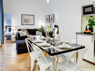 Apartment Michodiere 3 bedroom Paris apartment for short term stays, flat for - Paris vacation rentals