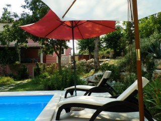 Bright 2 bedroom Visnjan Villa with Internet Access - Visnjan vacation rentals