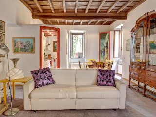 Bookwedo Elegant Trastevere - Rome vacation rentals