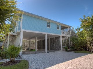 Island Obsession: Brand New Tropical Paradise Home Near Beach with a Pool!! - Sanibel Island vacation rentals