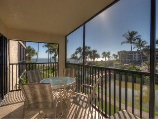 Pointe Santo E22: Newly Remodeled Bathrooms and Great Gulf Views from Lanai! - Sanibel Island vacation rentals