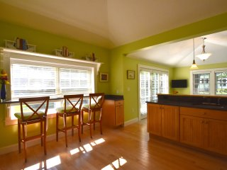 Lovely, Newly Renovated Scituate Carriage House - Scituate vacation rentals