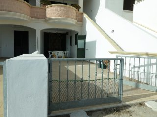 Holiday house in Torre Pali in Salento Apulia with two services and parking - Salve vacation rentals