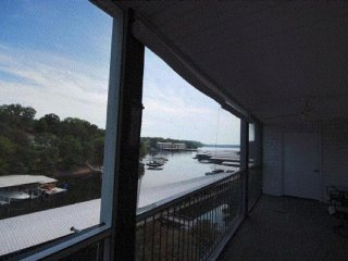 Beautiful Fully Furnished 2BR 2BA Condo w/Pool - Lake Ozark vacation rentals