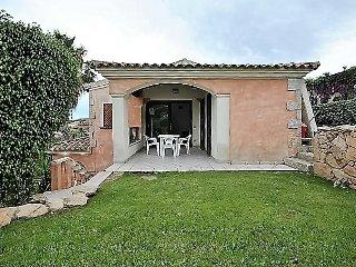 sea view apartment with garden Porto San Paolo - Loiri Porto San Paolo vacation rentals