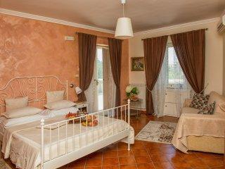 Room Concetta - in Villa Concetta B&B,  Sorrento centre - Sorrento vacation rentals