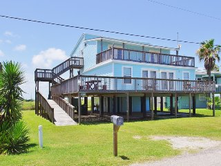 Lovely House with Deck and Internet Access - Galveston vacation rentals
